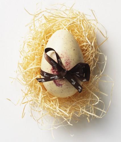 Raspberry White Egg_008